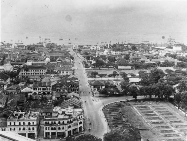 British reoccupation of Singaore 1945.  View of the city of Singapore as it appeared at the time of the 5th Indian Division's arrival on 5 September 1945.© IWM (IND 4817)